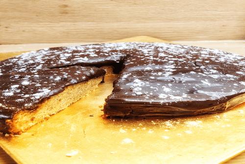 Gâteau glaçage chocolat sans gluten